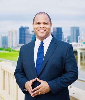 Dallas Mayor Eric Johnson