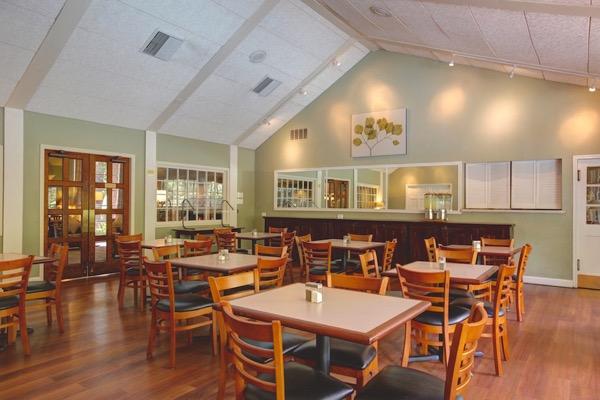 Habitat Suites dining