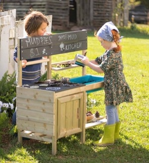 Magic Cabin mud kitchen