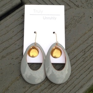 Truly Unrhuly earrings
