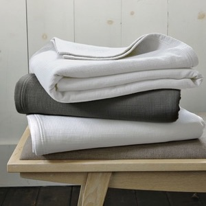 Elm West organic blankets
