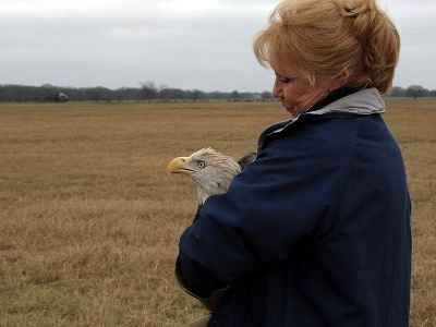 Kathy Rogers with bald eagle