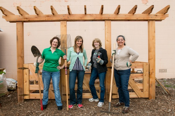 UNTHSC Community Garden leaders
