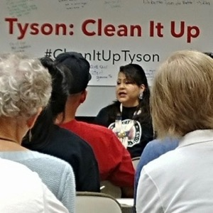 Yolonda Blue Horse talking at Tyson campaign
