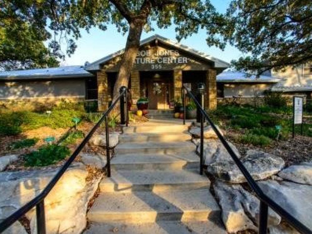 Grapevine Lake Bob Jones Nature Center